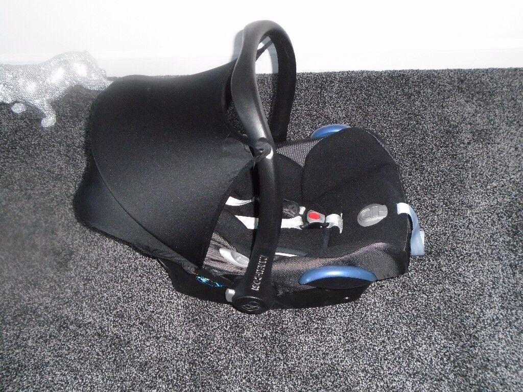 Maxi cosi car seat first size