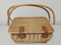 Wicker Equipped Picnic Basket A NICE BIG SIZE