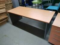 New Office Desk with Lockable Drawer