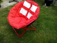 Kids / Adults Moon Chair Red & White (England Football)