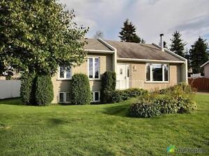 259 000$ - Bungalow à vendre à Chicoutimi