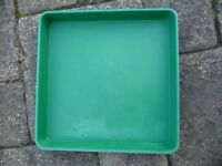 GREEN PLASTIC GARDEN TRAY