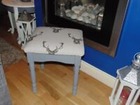 ABSOLUTELY STUNNING SOLID WOOD DRESSING TABLE STOOL UPHOLSTERED WITH A BEAUTIFUL VINTAGE FABRIC