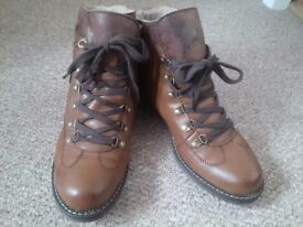 Relife lace up ankle boot*size 8
