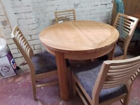 Ex Showroom Display Geo Round Dining table + 4 chairs RRP £1199