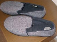 Brand new M & S Mens slippers (9)