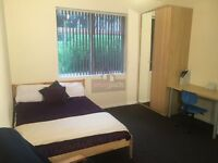 Large lovely BEDSIT with own kitchen available from 1st Aug!!