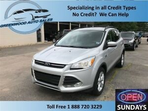 2014 Ford Escape NAVI, BACK UP CAM, 4X4! PRICED TO MOVE!