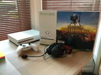 XBOX ONE S 1TB with Controller, Turtle Beach Headphones, Box, PERFECT CONDITION, 9 Months Warranty