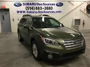 2015 Subaru Outback 2.5i Touring Package w/Technology