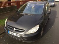 Peugeot 307s 1.6hdi black 5door good condition ready to drive away corsa Yaris clio