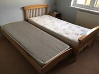 ASPACE Children's Single Bed with Sleepover Trundle Bed & Mattresses - Beech