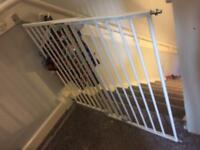 Extra wide stair baby safety gate