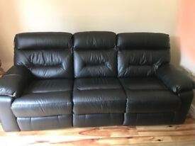 3+2 seater recliner sofas for sale (like new)