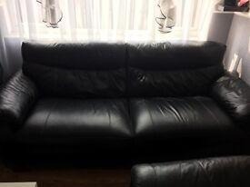 Sofa +2 armchair
