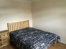 Single room £90 and double £100 p/w in Stev Incl all bills and wifi. Shared house