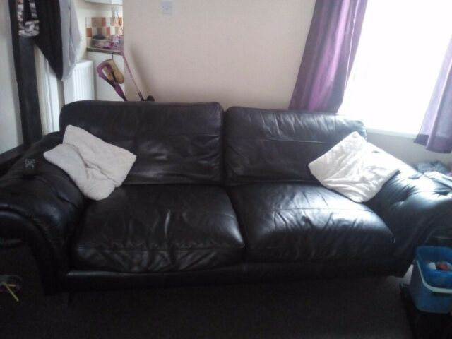 Amazing Large 2 Seater Sits 4 People Sofa In Bishop Auckland County Durham Gumtree Pabps2019 Chair Design Images Pabps2019Com