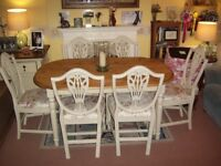 OVAL PINE FARMHOUSE KITCHEN DINING TABLE AND 6 CHAIRS Approx 5ft x 3ft