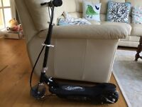 Airwaves Electric Scooter