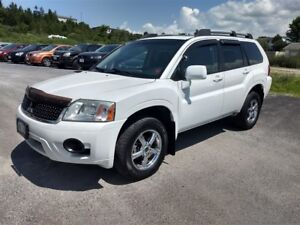 2010 Mitsubishi Endeavor SE 4WD - $3469 taxes in!