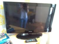 "37"" Samsung TV"