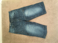 Men's Denim shorts (below knee) - Medium