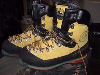 La Sportiva Nepal Extreme mountaineering boots size EU 44