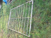 GARDEN RAILING / GATE ? 8 ft x 5 ft