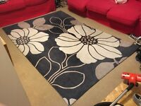 """Black and taupe floral area rug - 230 cm x 160 cm (7'6"""" x 5'3"""")"""