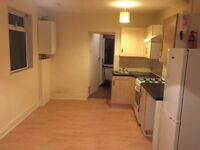 VERY NICE TWO BEDROOMS FLAT WITH GARDEN TO LET AT KITCHENER ROAD WALTHAMSTOW E17 4LJ
