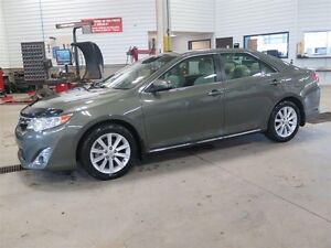 2014 Toyota Camry XLE TOIT OUVRANT