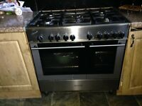 Kenwood 5 ring gas and oven