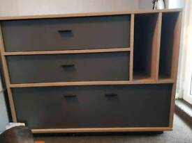 Large tv unit side unit need gone this weekend