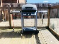 Gas barbecue with side burner