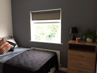 WILDERSPOOL CAUSEWAY, WARRINGTON. HOUSE SHARE -NEWLY RENOVATED ROOMS FURNISHED WILL BILLS INCLUDED.