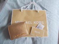 new michael kors purse/wallet