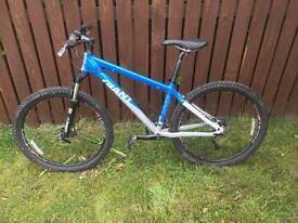 Giant XTC4 Mountain Bike