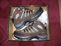 Gola Carson Trail Boots Size 7