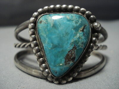 STRIKING VINTAGE NAVAJO TRIANGULAR TURQUOISE STERLING SILVER CUFF BRACELET