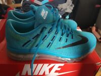 Mens Blue Nike Air size 10