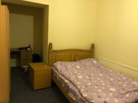 Newly updated -- Large double room in central Cardiff to rent