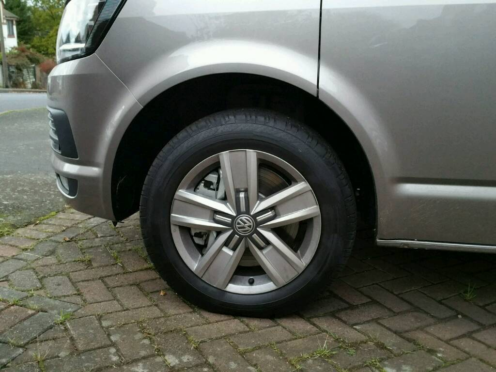 vw transporter t5 / t6 alloy wheels and tyres