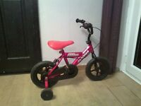 """red magna major bike 11"""" wheels with stabilisers"""