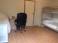 Triple bed in roomshare to let in flatshare at Shadwell & Whitechaple