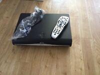 SKY HD Box w/remote