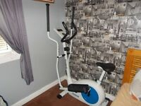 Reebok (Pure) (2 in 1) Exercise Bike and Cross Trainer (Cost £260)