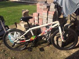Reebok Void BMX With Trick Nuts