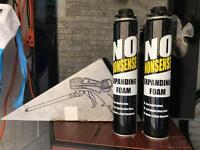 2x expanding foam tins and applicator gun