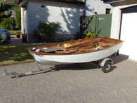 Sailing Dinghy, Mirror #33312 with road trailer. Nice condition, ready to sail.