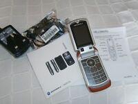 MOTOROLA V3X FLIP PHONE